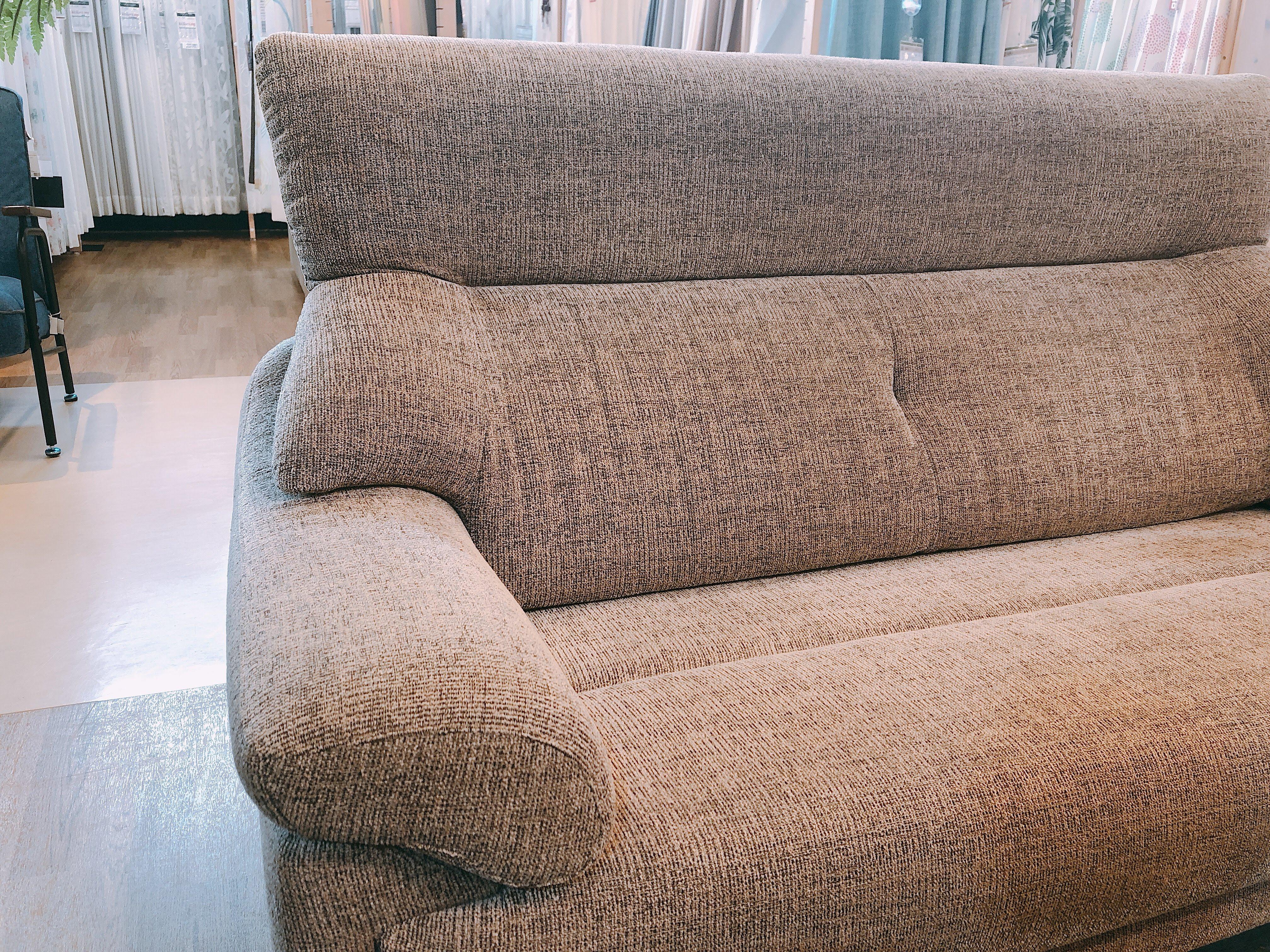 高級 国産ゆったり2人用ソファー布張り 展示品特価|山口店の画像2