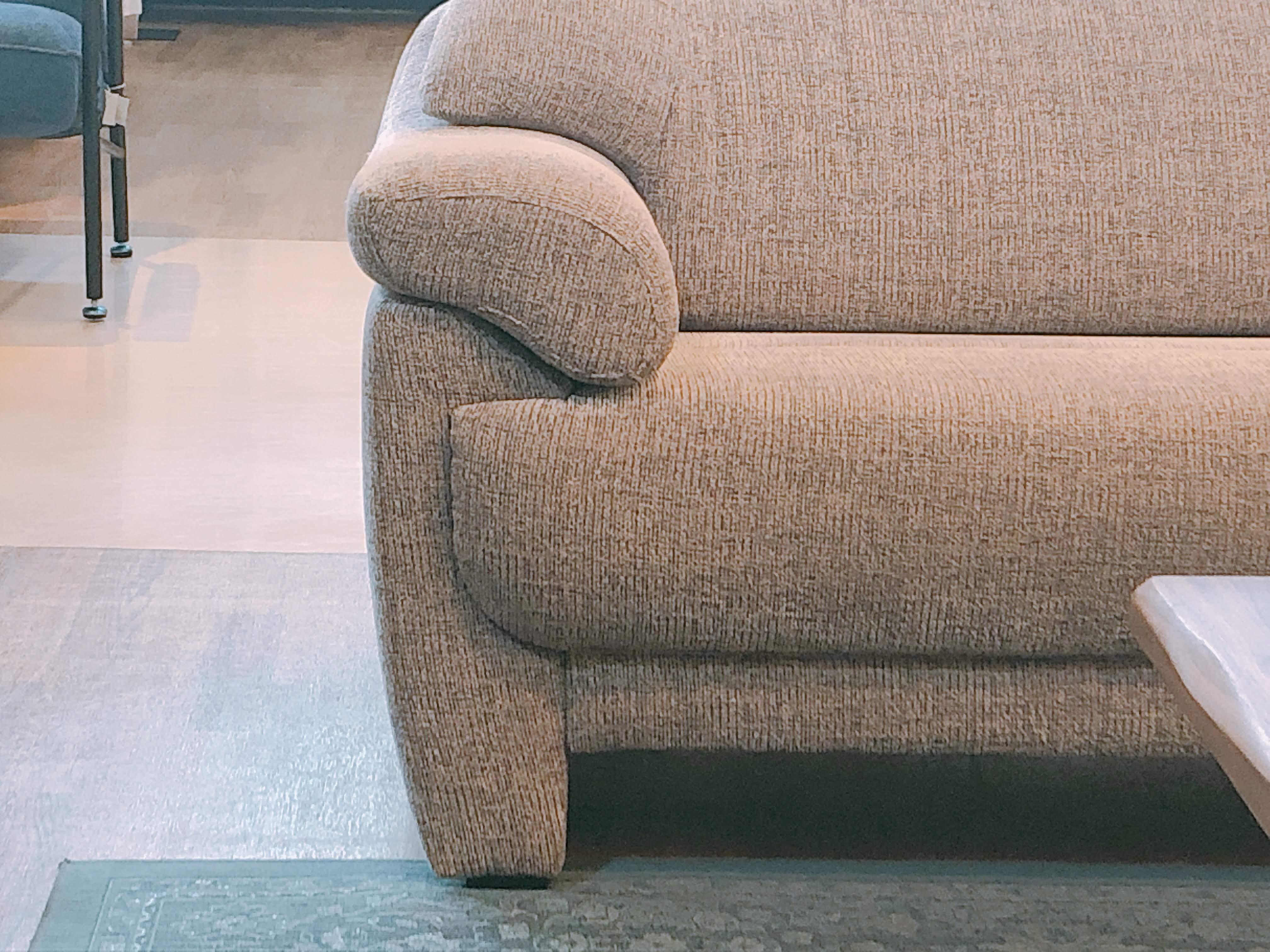 高級 国産ゆったり2人用ソファー布張り 展示品特価|山口店の画像3