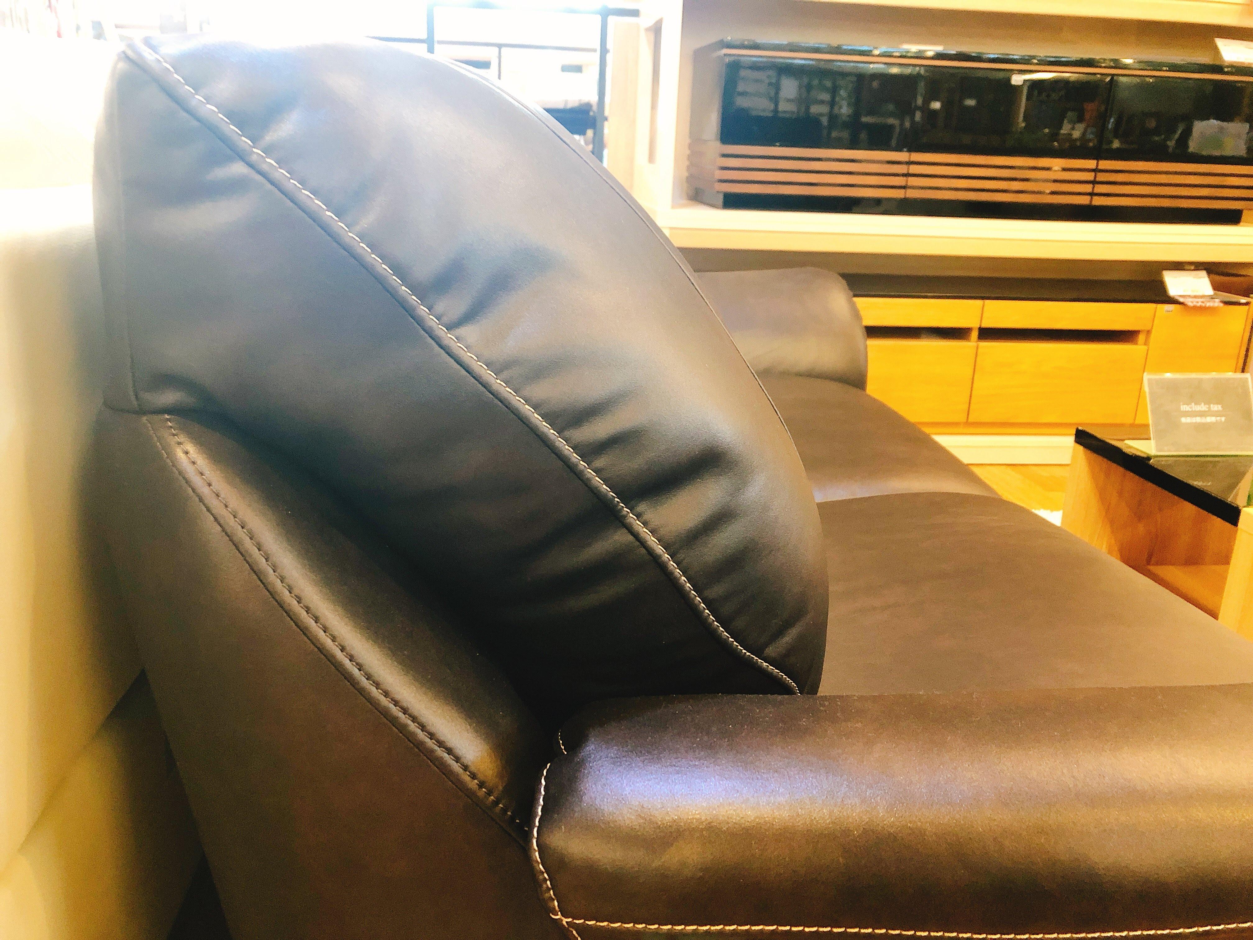 ローバック なのにふんわり座り心地 3人掛けソファーの画像3