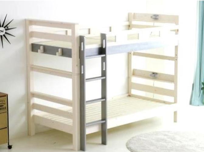 シンプルデザインで機能的 やさしい印象の二段ベッドの画像1