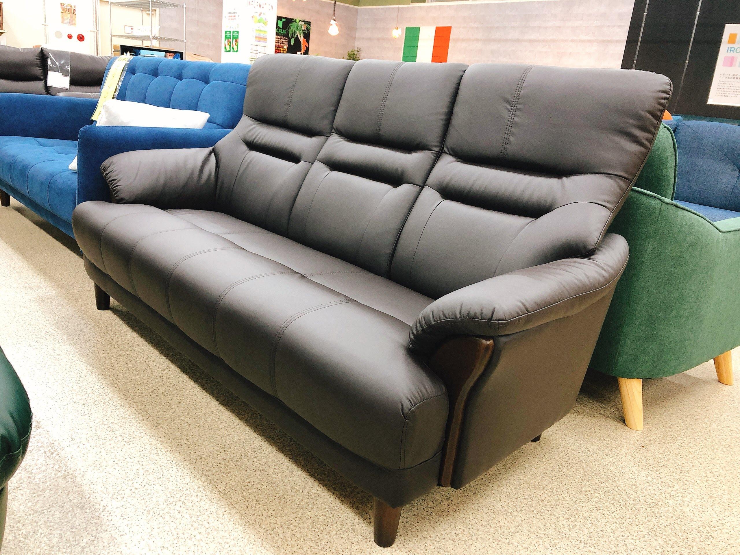 3人掛けAPU合成皮革ソファー 固めの座り心地のハイバックの画像1