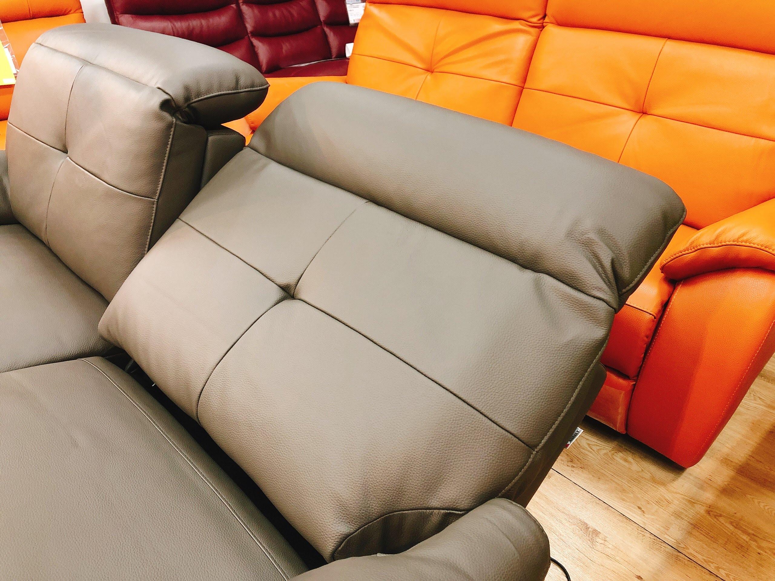 イタリア厚革 電動リクライニングソファー グレー色とオレンジ色 各一台限りの画像6