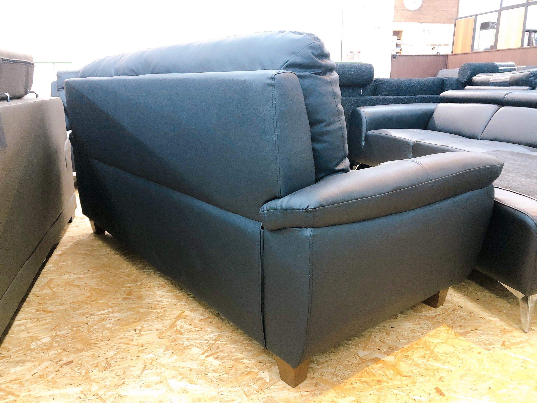 厚めの人工レザー仕様のゆったり3人掛けソファー 座にポケットコイル仕様 限定価格の画像4