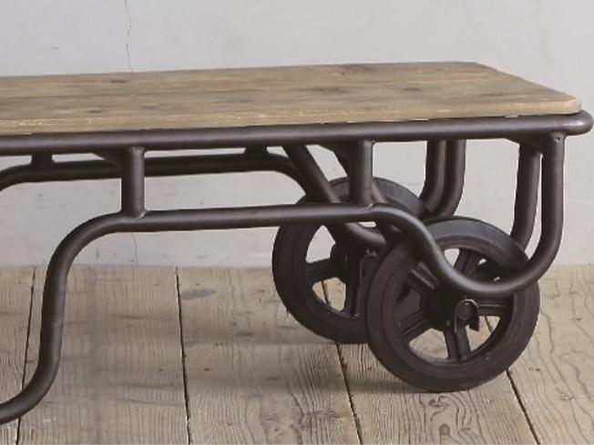 農機具をイメージしてデザインされた古材テーブル CRASHの画像5