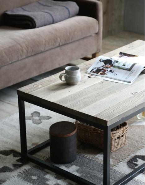 ニレ古材とスチールのコンパクト コーヒーテーブルの画像4